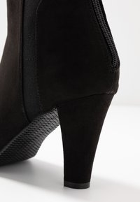 Simply Be - WIDE FIT AUDREY POINTED INSERT HEELED - Ankle boots - black - 2