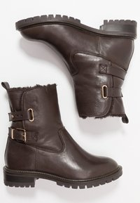 Simply Be - WIDE FIT BUCKLE BOOT - Classic ankle boots - brown - 3
