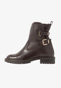 Simply Be - WIDE FIT BUCKLE BOOT - Classic ankle boots - brown