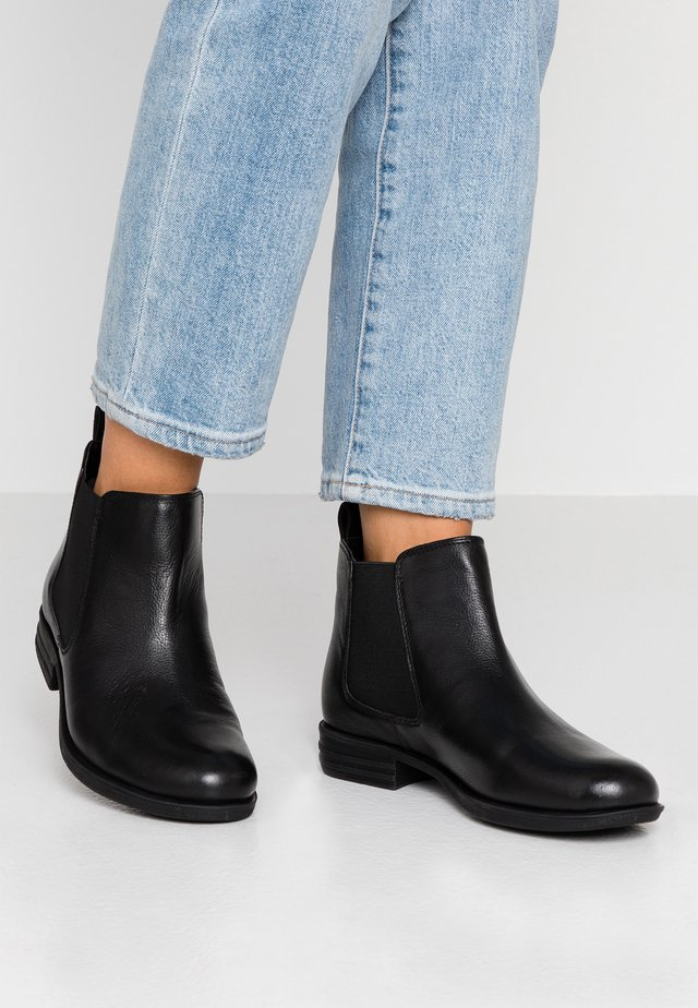 WIDE FIT CHELSEA - Ankle Boot - black