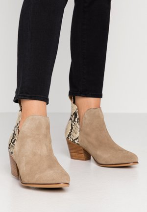 WIDE FIT ASTER - Ankle boot - stone