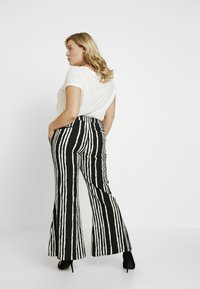 Simply Be - STATEMENT WIDE PRINT - Bukse - black/white - 3
