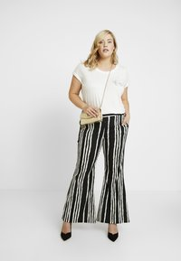 Simply Be - STATEMENT WIDE PRINT - Bukse - black/white - 2
