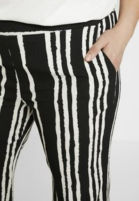 Simply Be - STATEMENT WIDE PRINT - Bukse - black/white - 5