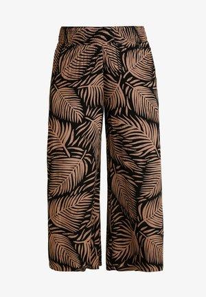 PRINT CRINKLE SHIRRED WAIST WIDE LEG TROUSERS - Kangashousut - black/tan