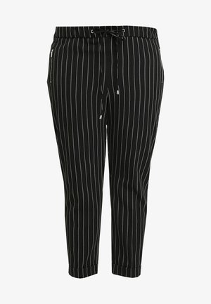 POCKET DETAIL TAPERED TURN UP TROUSER - Trousers - black