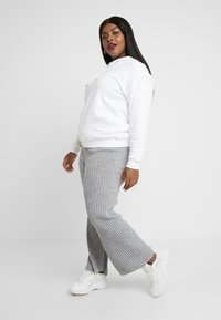 Simply Be - CULOTTES - Pantalon classique - grey marl - 3