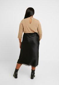 Simply Be - COLUMN SKIRT WITH TRIM - Pouzdrová sukně - black - 2
