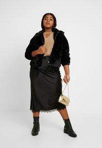 Simply Be - COLUMN SKIRT WITH TRIM - Pouzdrová sukně - black - 1