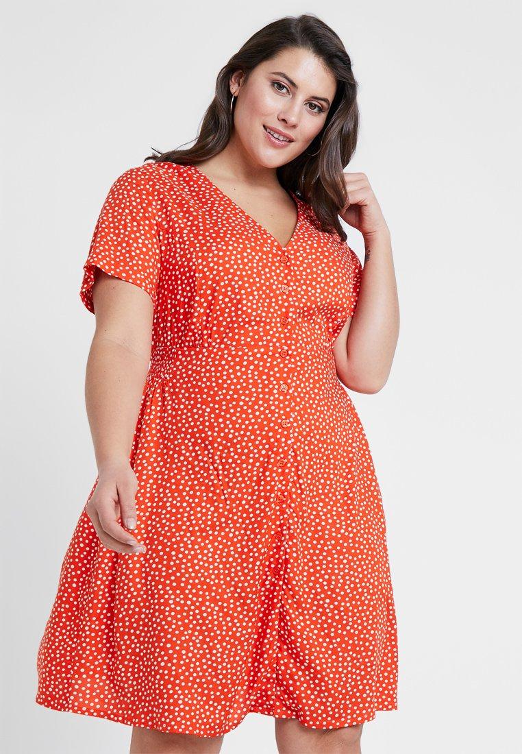 Simply Be - PRINTED TEA DRESS - Košilové šaty - red