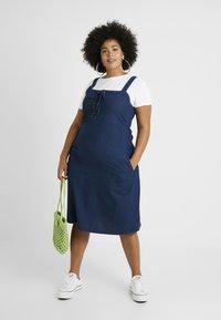 Simply Be - TIE FRONT SHIRRED BACK SQUARE NECK MIDI DRESS - Denimové šaty - indigo - 2