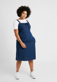 Simply Be - TIE FRONT SHIRRED BACK SQUARE NECK MIDI DRESS - Denimové šaty - indigo - 0