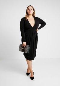 Simply Be - PLUNGE MIDI DRESS - Denní šaty - black - 2