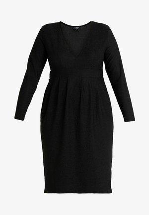 GLITTER MIDI - Pouzdrové šaty - black