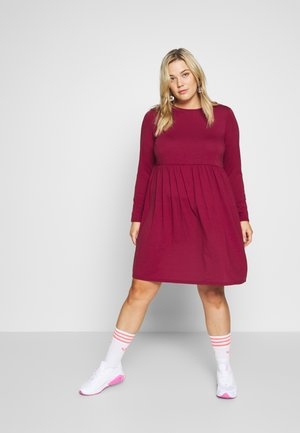 SOLID SMOCK - Jersey dress - wine