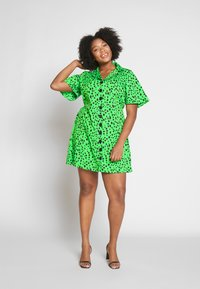 Simply Be - BUTTON THROUGH DRESS - Skjortekjole - green - 1