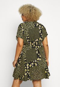Simply Be - BUTTON THROUGH TEA DRESS - Robe d'été - multi-coloured - 2