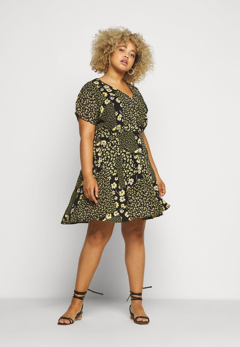 Simply Be - BUTTON THROUGH TEA DRESS - Hverdagskjoler - multi-coloured
