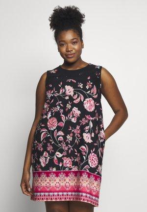 SHIFT DRESS - Kjole - black