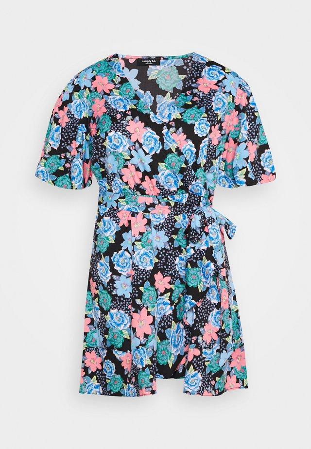 PUFF SLEEVE WRAP SKATER - Korte jurk - multi-coloured