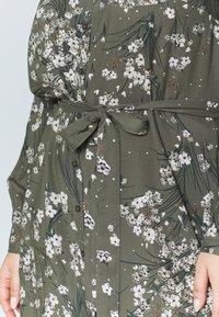 Simply Be - SHIRT DRESS - Skjortekjole - khaki/ivory - 5