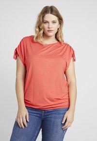 Simply Be - SLEEVELESS BAND HEM TUNIC - T-shirts med print - cherry red - 0