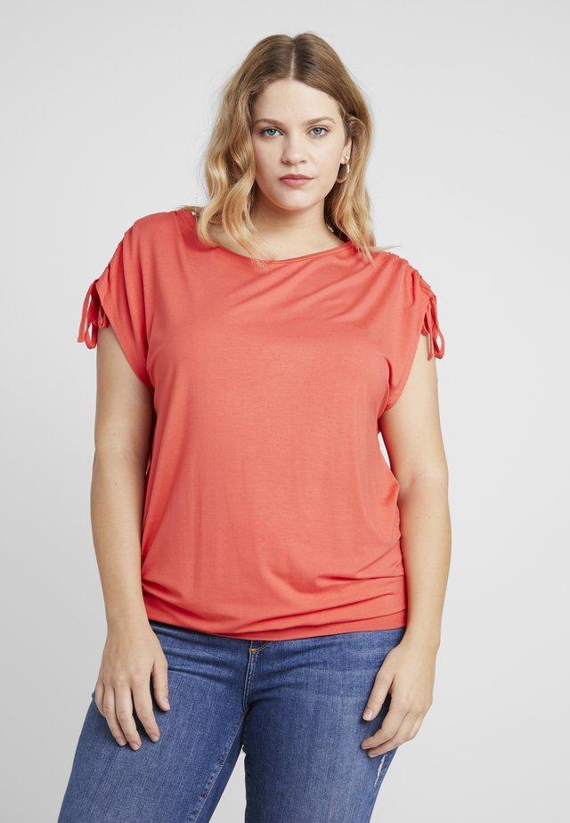 SLEEVELESS BAND HEM TUNIC - T-Shirt print - cherry red