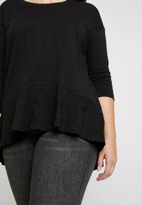 Simply Be - FRILL HEM 3/4 SLEEVE - T-shirts med print - black - 5