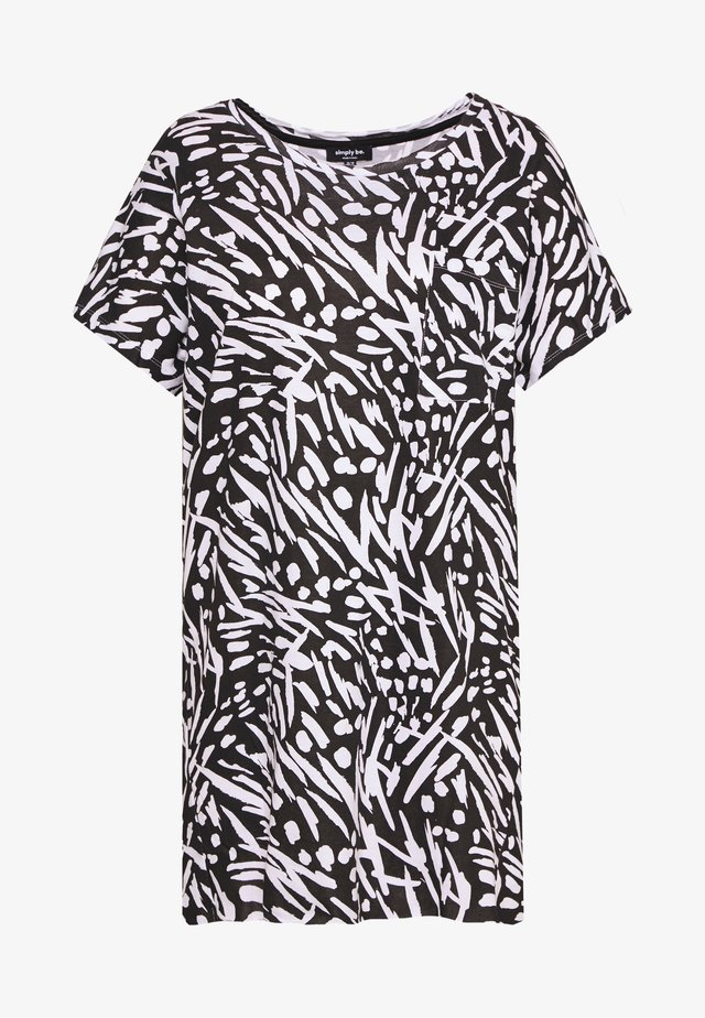 VALUE DROP SHOULDER - T-shirt print - black/white