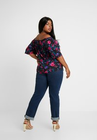 Simply Be - 3/4 SLEEVE COLD SHOULDER - Blouse - black - 2
