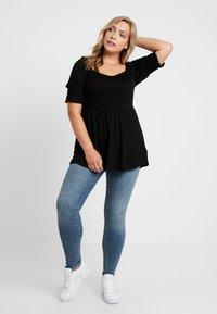 Simply Be - SQUARE NECK - Camiseta estampada - black - 1
