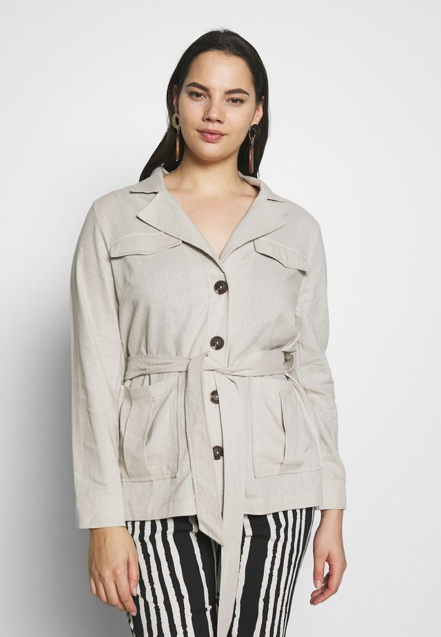 BELTED UTILITY - Summer jacket - soft sand