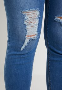 Simply Be - HIGH WAIST RIPPED - Jeans Skinny - mid blue - 4