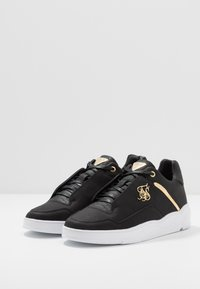 SIKSILK - SIKSILK BLAZE LUX - Trainers - black/gold - 2