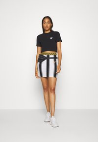 SIKSILK - ATHENA STRIPE SKIRT - Minisukně - black/white - 1