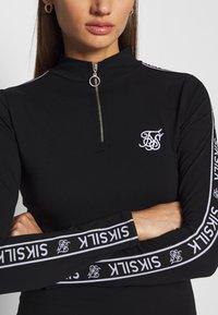 SIKSILK - HIGH NECK DRESS - Pouzdrové šaty - black - 4
