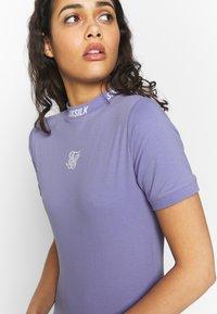 SIKSILK - BODYCON DRESS - Pouzdrové šaty - violet - 5