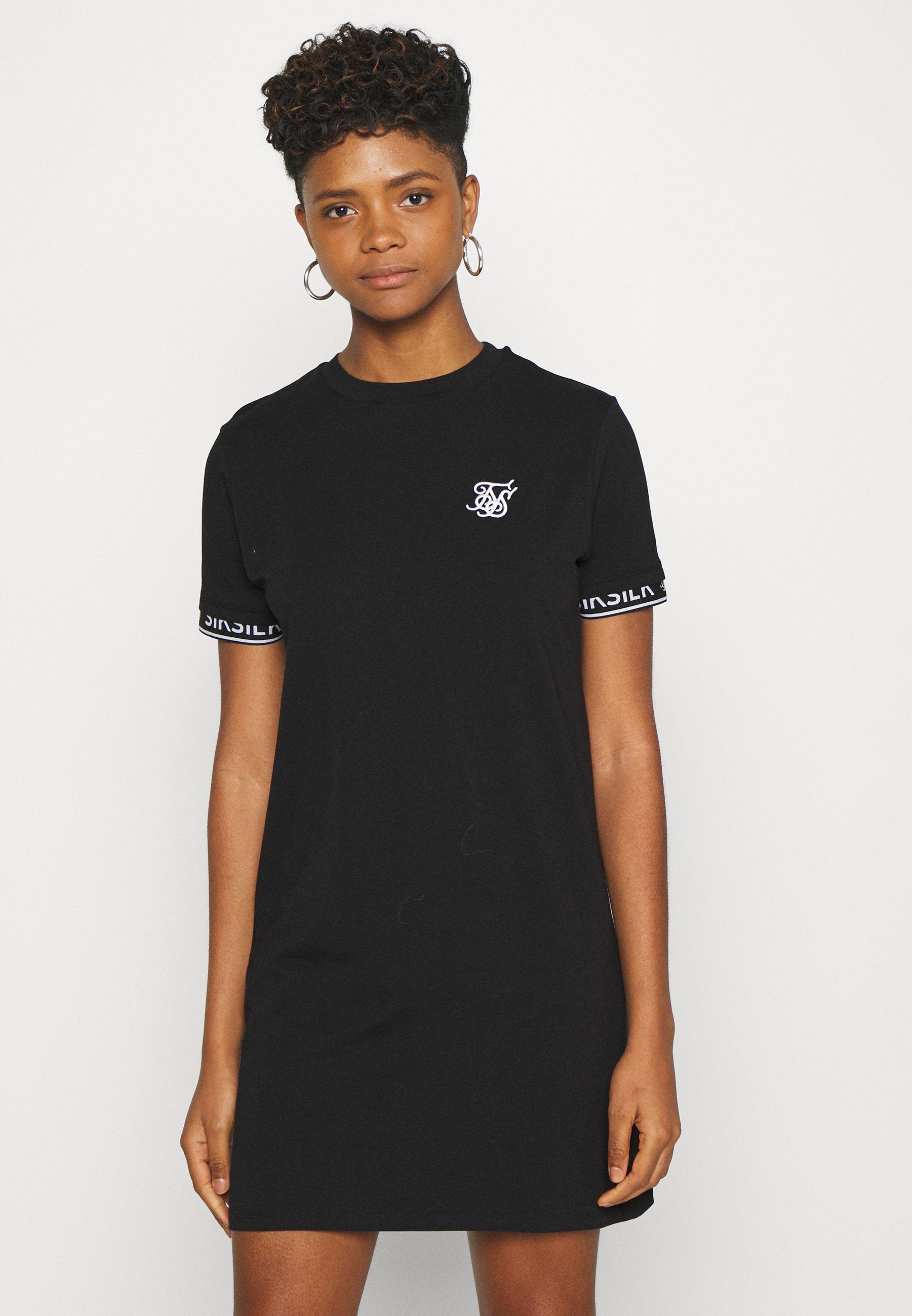 CORE TECH DRESS Robe en jersey black