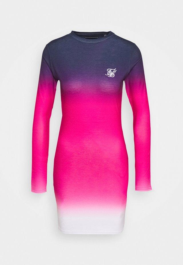 TAPE FADE BODYCON DRESS - Vestido de tubo - navy/pink/white