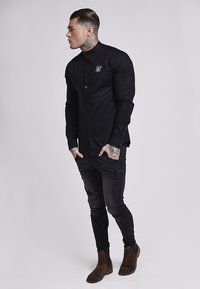 SIKSILK - OXFORD STRETCH FIT - Overhemd - jet black - 2