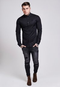 SIKSILK - STRETCH - Skjorta - black - 1