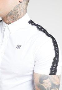 SIKSILK - PIPED TAPE - Shirt - white - 4