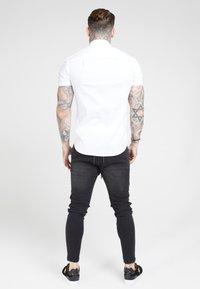 SIKSILK - PIPED TAPE - Shirt - white - 2