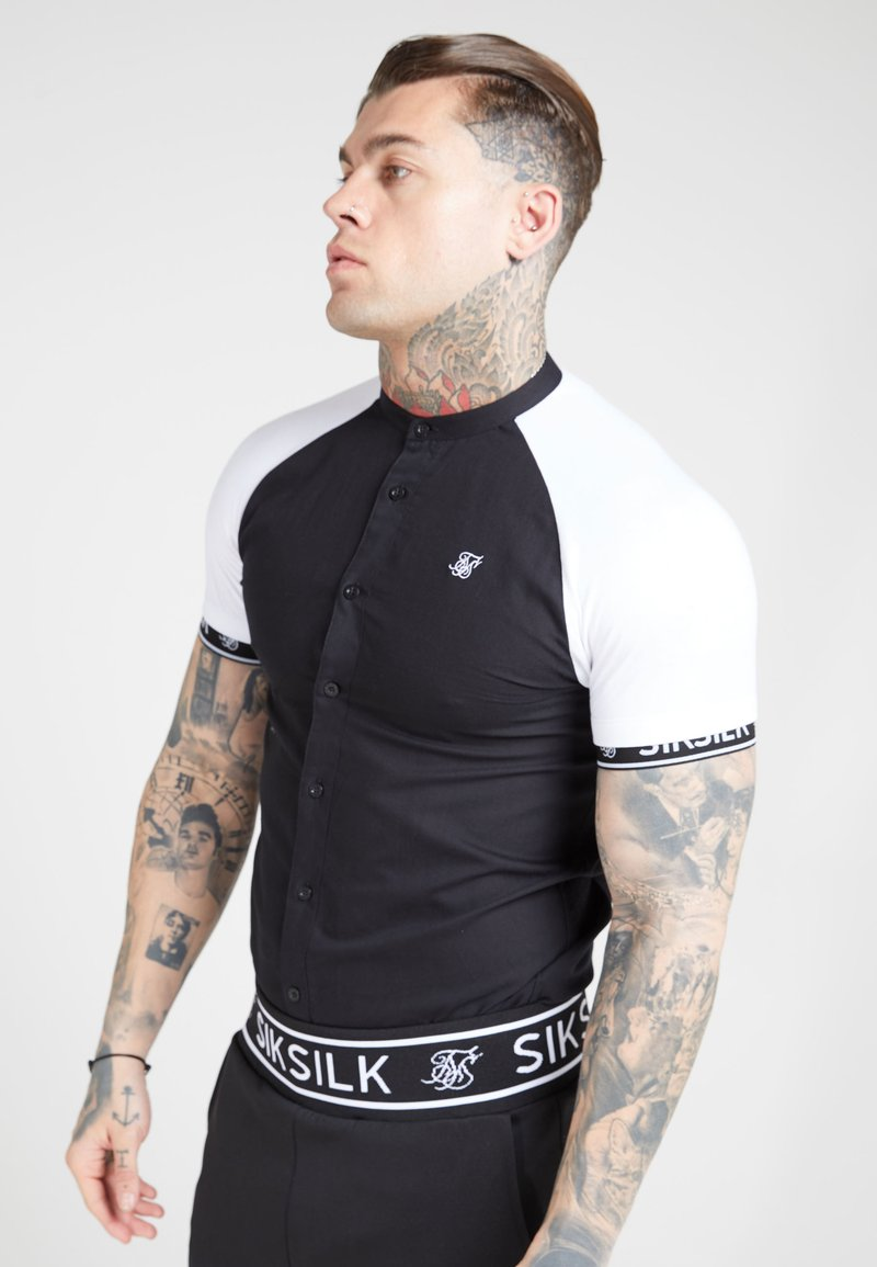 SIKSILK - OXFORD RAGLAN TECH - Overhemd - black/white