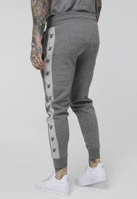 SIKSILK - Pantalon de survêtement - grey marl/snow marl - 2