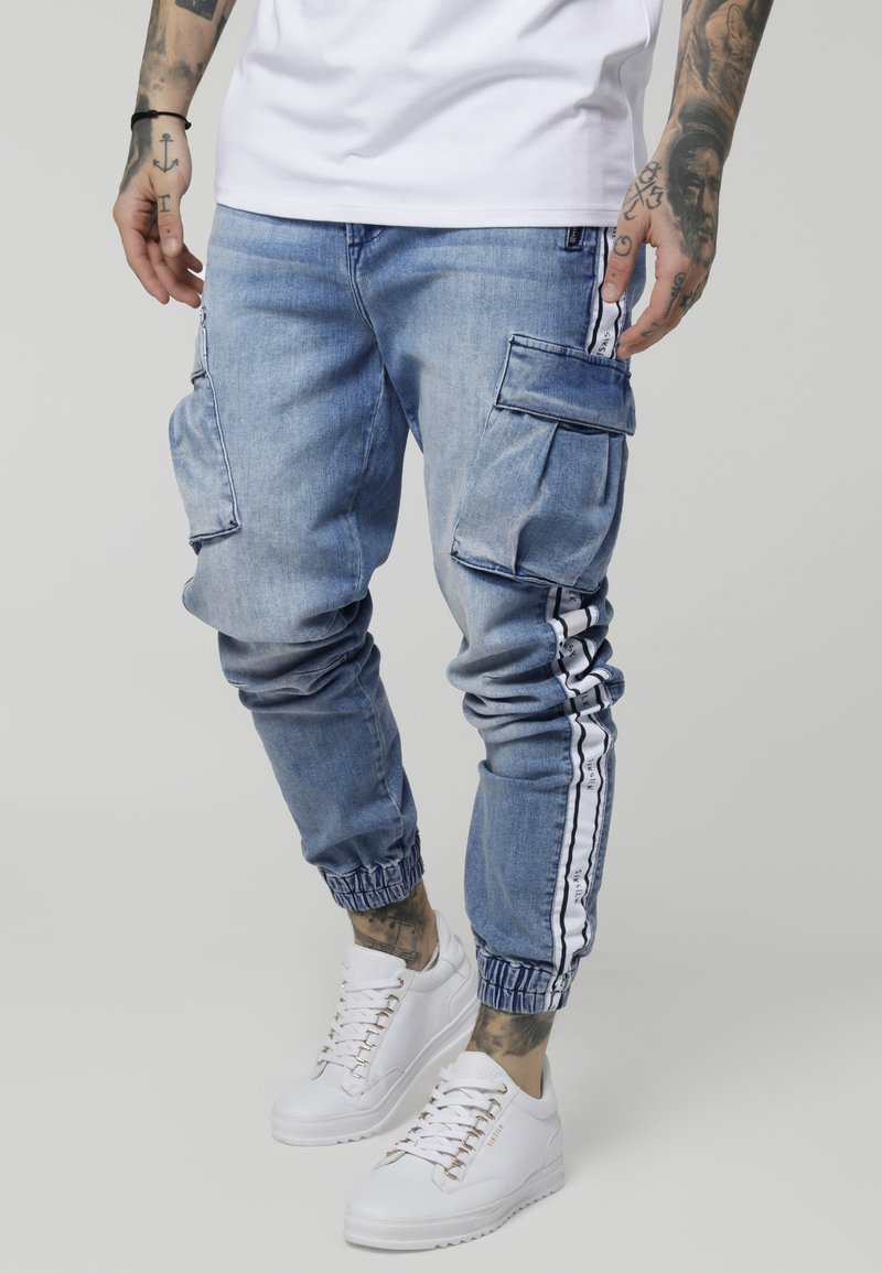 SIKSILK - PANTS - Cargobukse - light blue denim