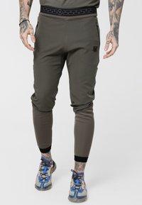 SIKSILK - EVOLUTION TRACK PANTS - Træningsbukser - khaki - 0