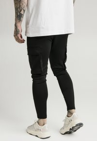 SIKSILK - ATHLETE CARGO PANTS - Cargobyxor - black