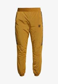 SIKSILK - TAPED JOGGERS - Pantaloni sportivi - golden mustard - 3