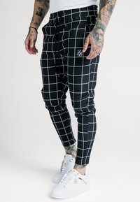 SIKSILK - SMART JOGGER PANT - Pantalon classique - black/white - 0